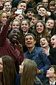 orlando bloom teacahes drama classes to high school students 04