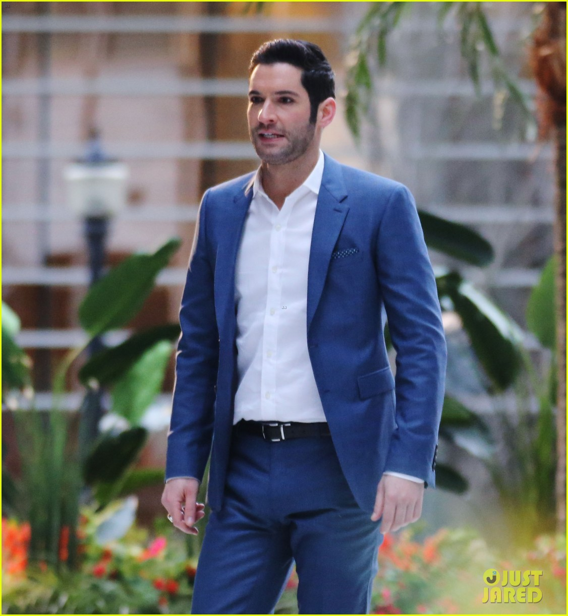 New Pictures Of Tom Ellis: Tom Ellis Is Covered In Blood For 'Lucifer' Fight Scene