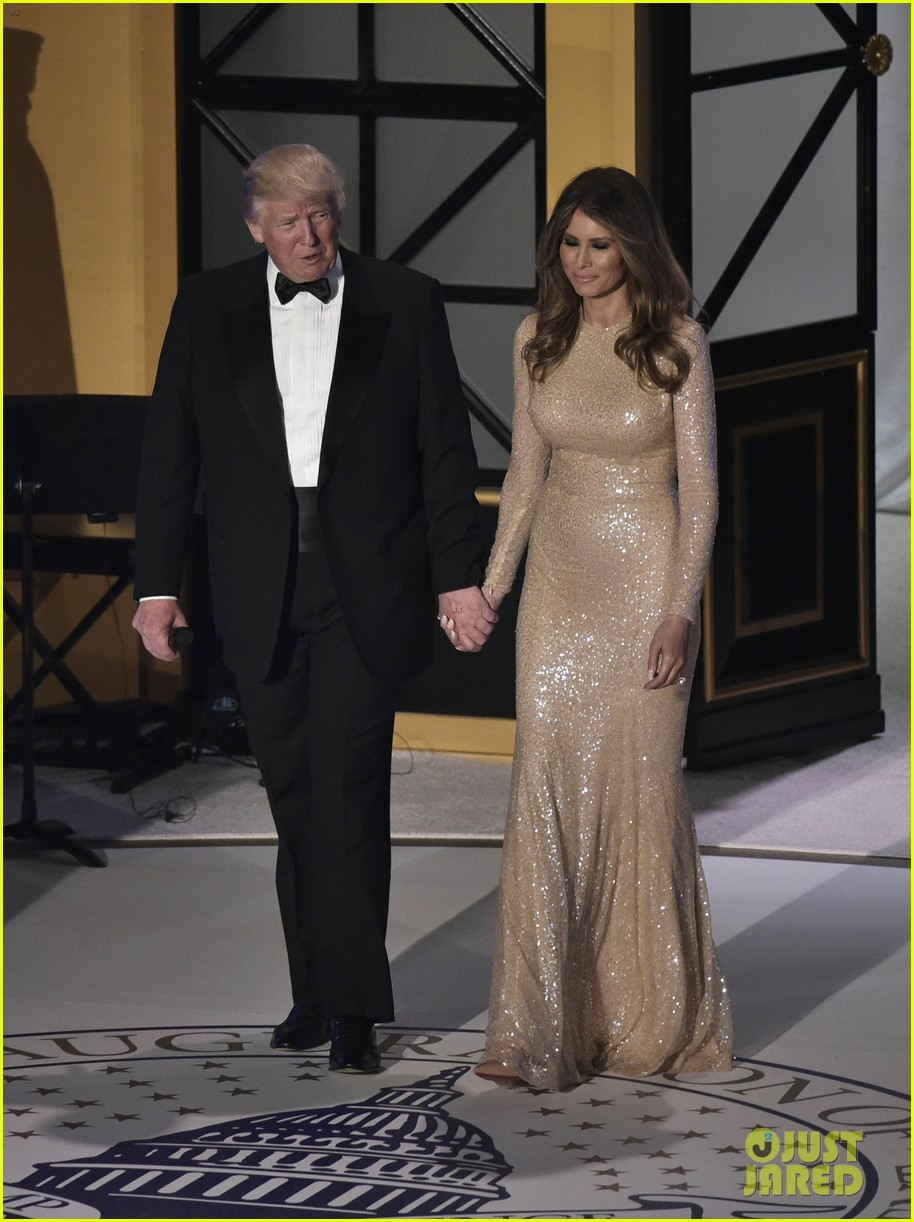 video donald melania trump emerge inauguration