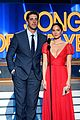 aaron rodgers girlfriend olivia munn supports quarterback 08
