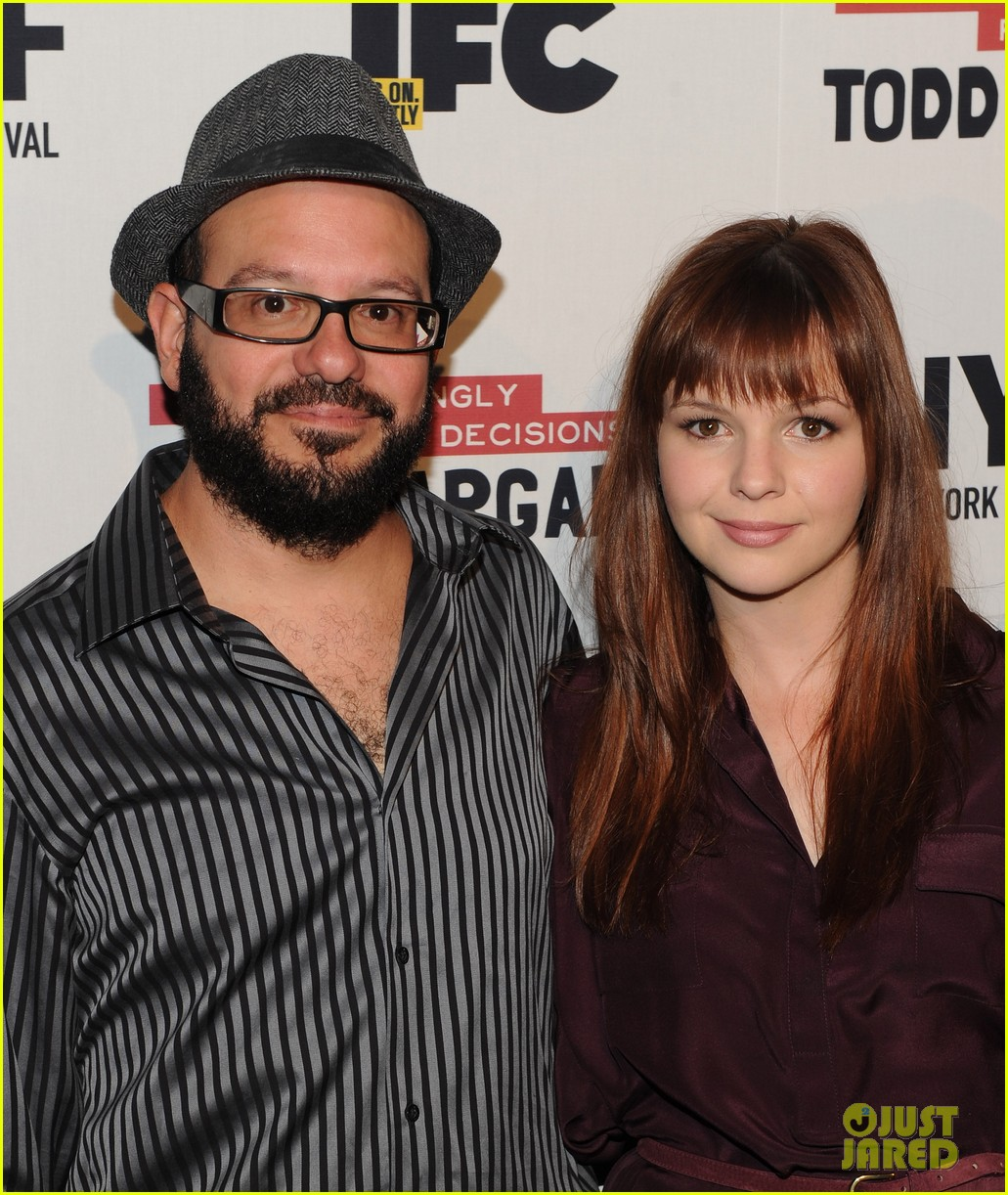 amber tamblyn david cross welcome baby girl 023863359