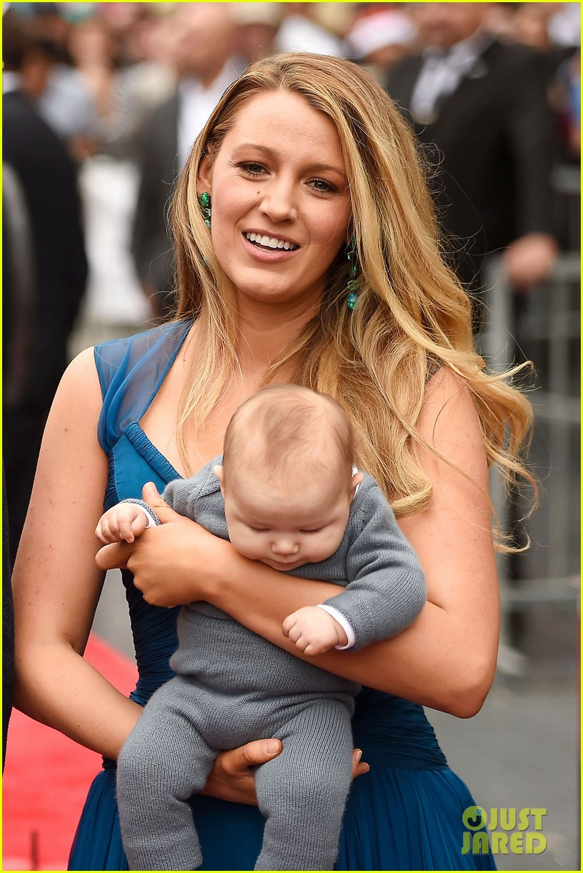 blake lively teach 2 daughters beauty standards 043860501