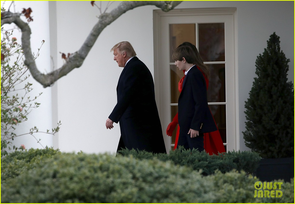 where barron trump donald trumps visits white house melania