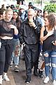 justin bieber gets mobbed by fans in australia 03