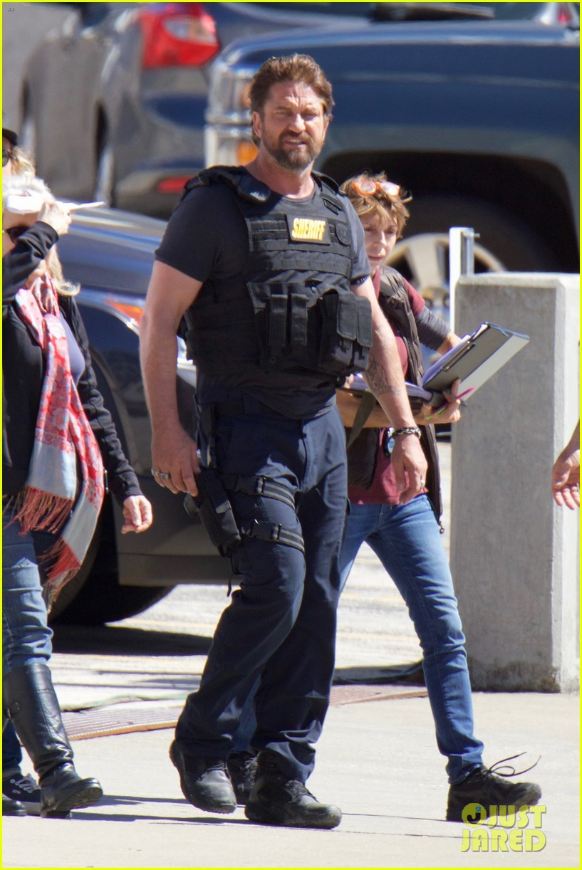 gerard butler films movie den of thieves 023871869