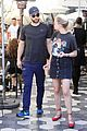 chace crawford rebecca rittenhouse grab a casual lunch 07