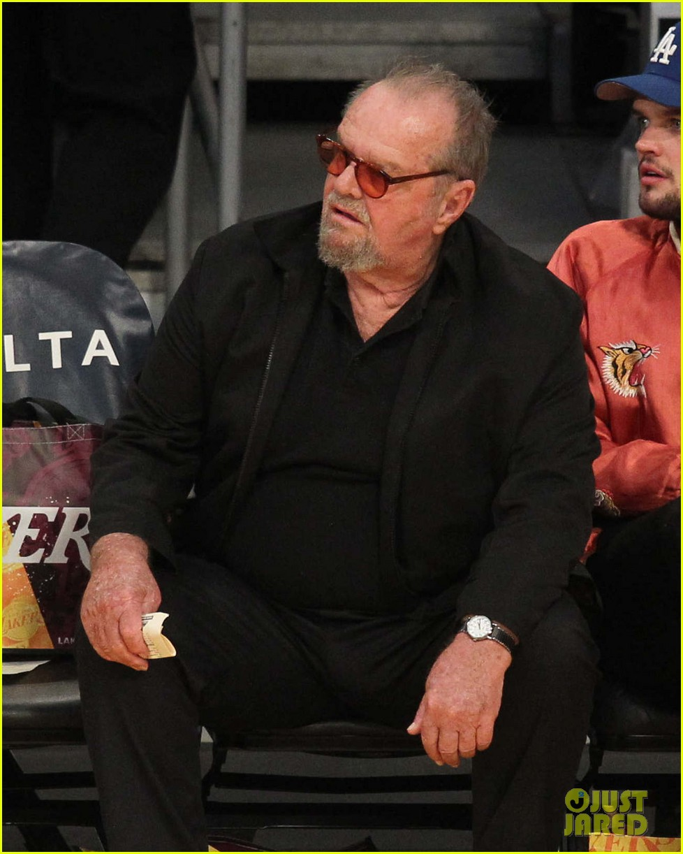 Jack Nicholson Hangs Out Courtside At Lakers Game With Son Ray Photo 3878436 Jack Nicholson Ray Nicholson Pictures Just Jared Cara delevingne and bella hadid sizzle in lingerie at rihanna's fashion show. jack nicholson hangs out courtside at lakers game with son ray photo 3878436 jack nicholson ray nicholson pictures just jared