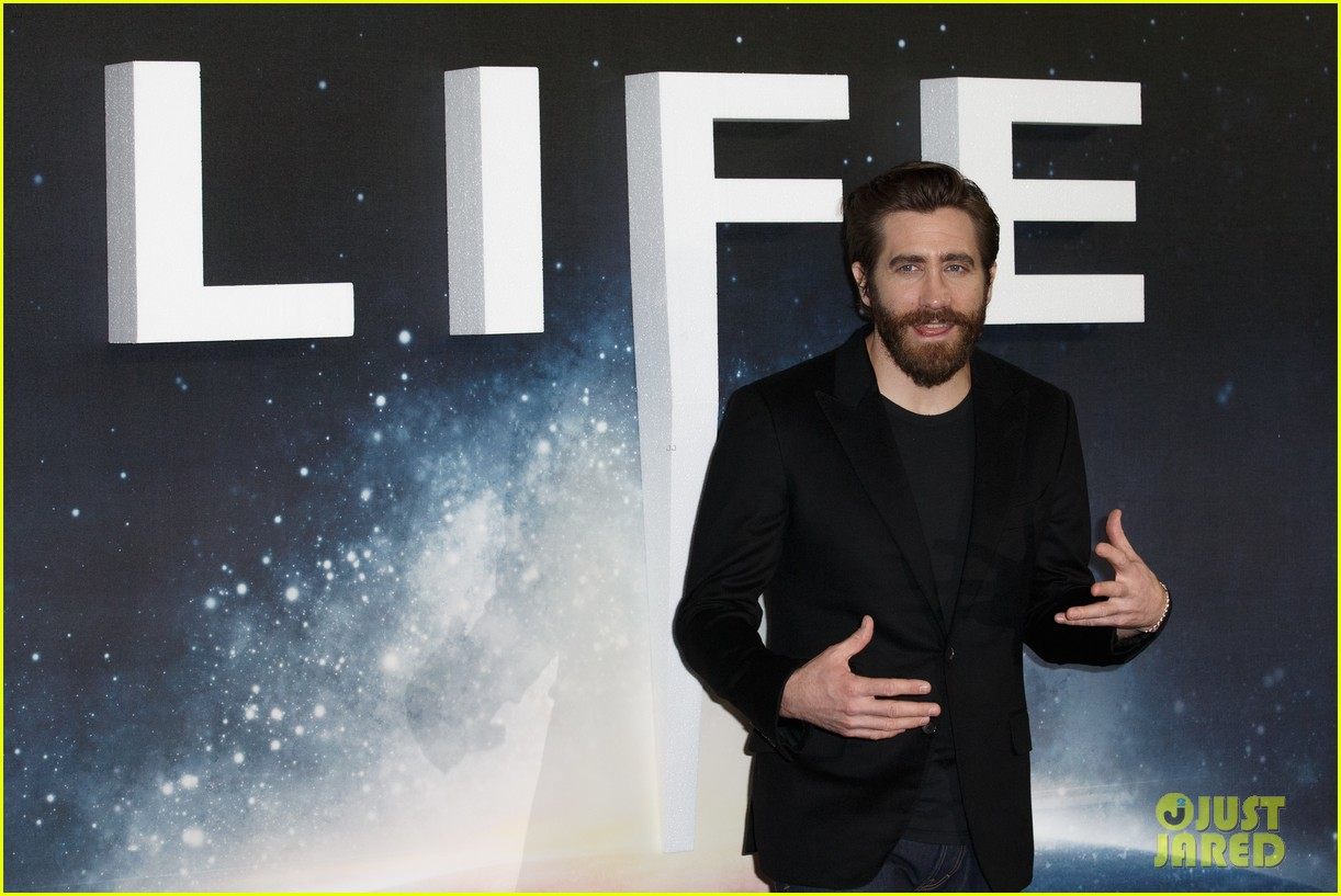 jake gyllenhaal life photo call london 133874663