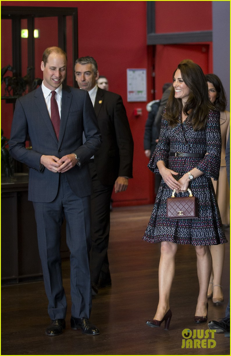 kate middleton prince william join rugby team eiffel tower 183875726