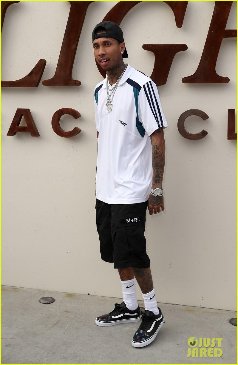 ... of tyga talks signing with kanye west 03 | Photo 3878757 | Just Jared Kanye West