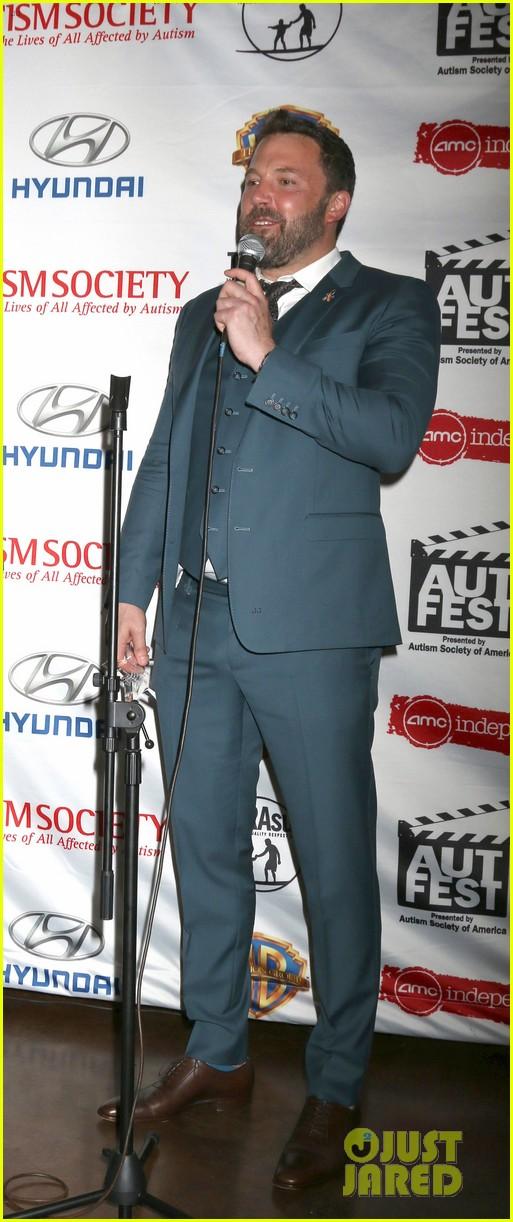 Full Sized Photo of ben affleck makes first official ... Ben Affleck Divorce