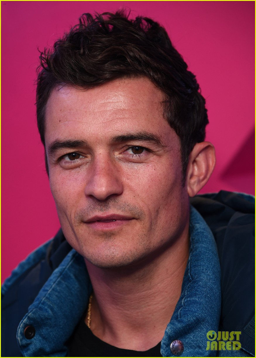 orlando bloom says new pirates of the caribbean is like throwback to first film 033890686
