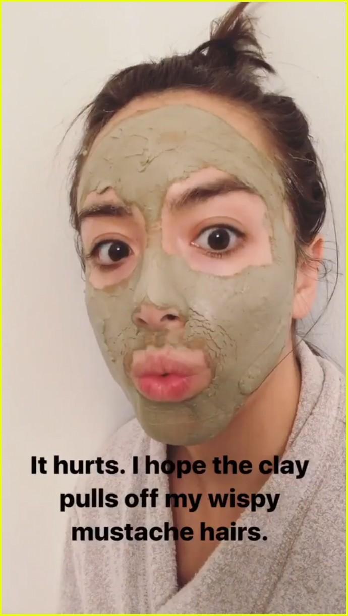 chloe bennet turns boyfriend austin nichols into a sassy hulk 053889153
