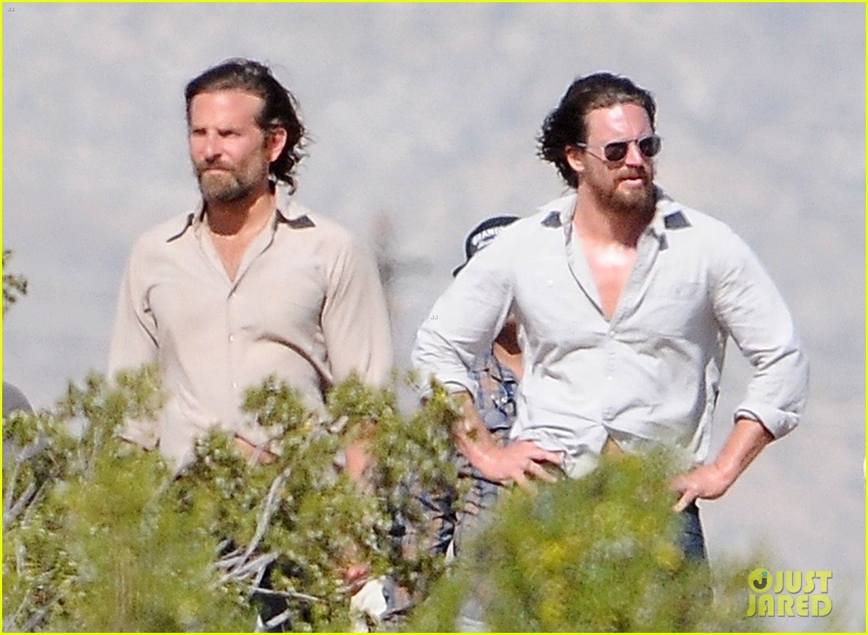 bradley cooper films a star is born alongside lookalike body double 043888784