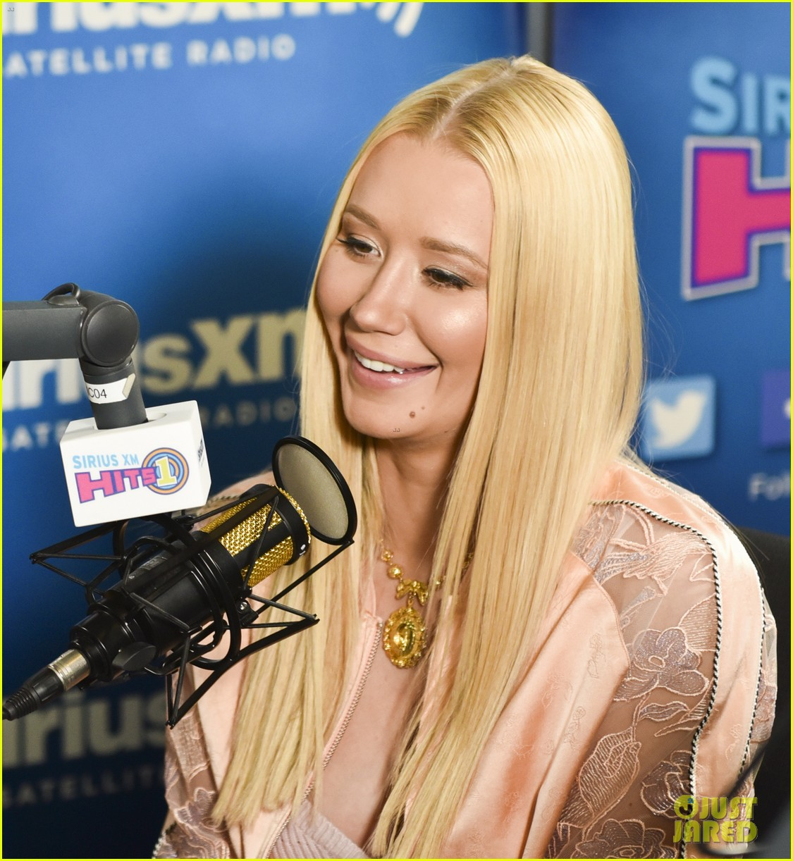 niggy azalea says new single switch is about a woman being in control 063901434