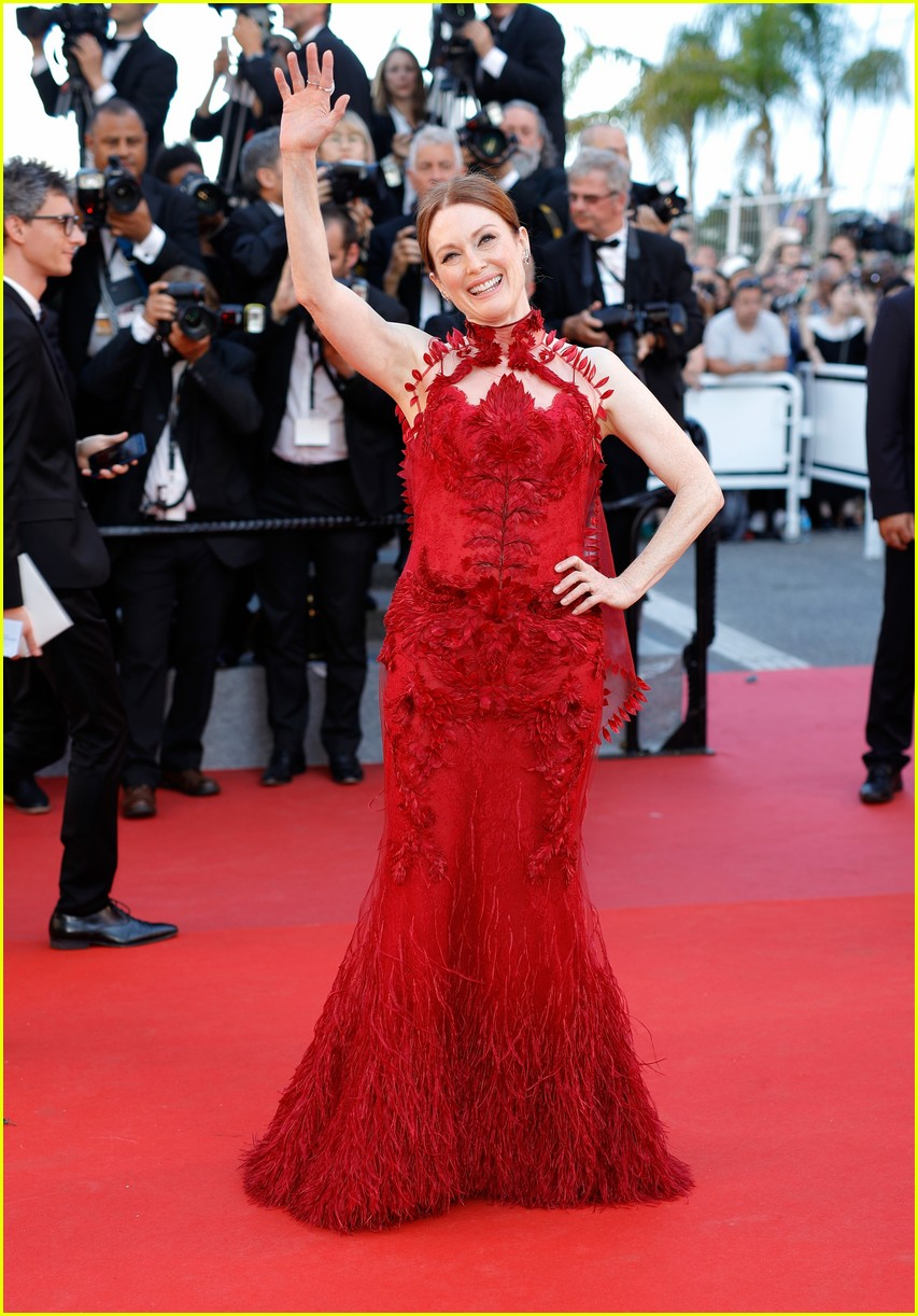 cannes opening ceremony 2017 013900295