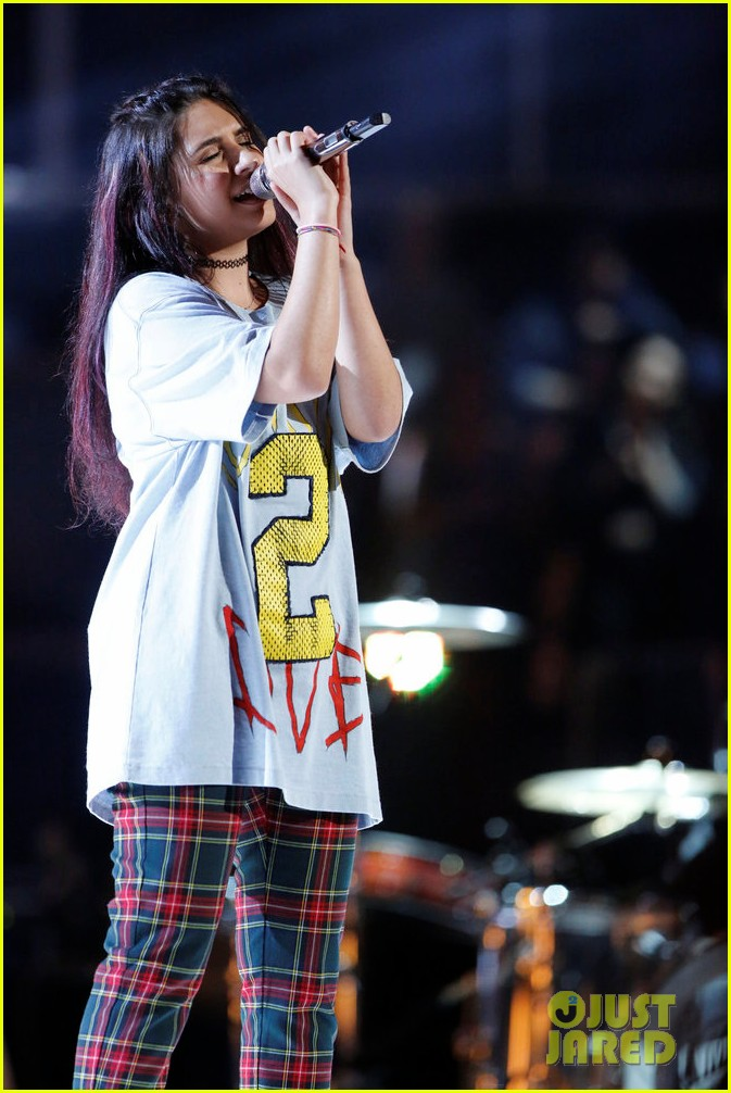 alessia cara zedd perform stay on the voice023904490