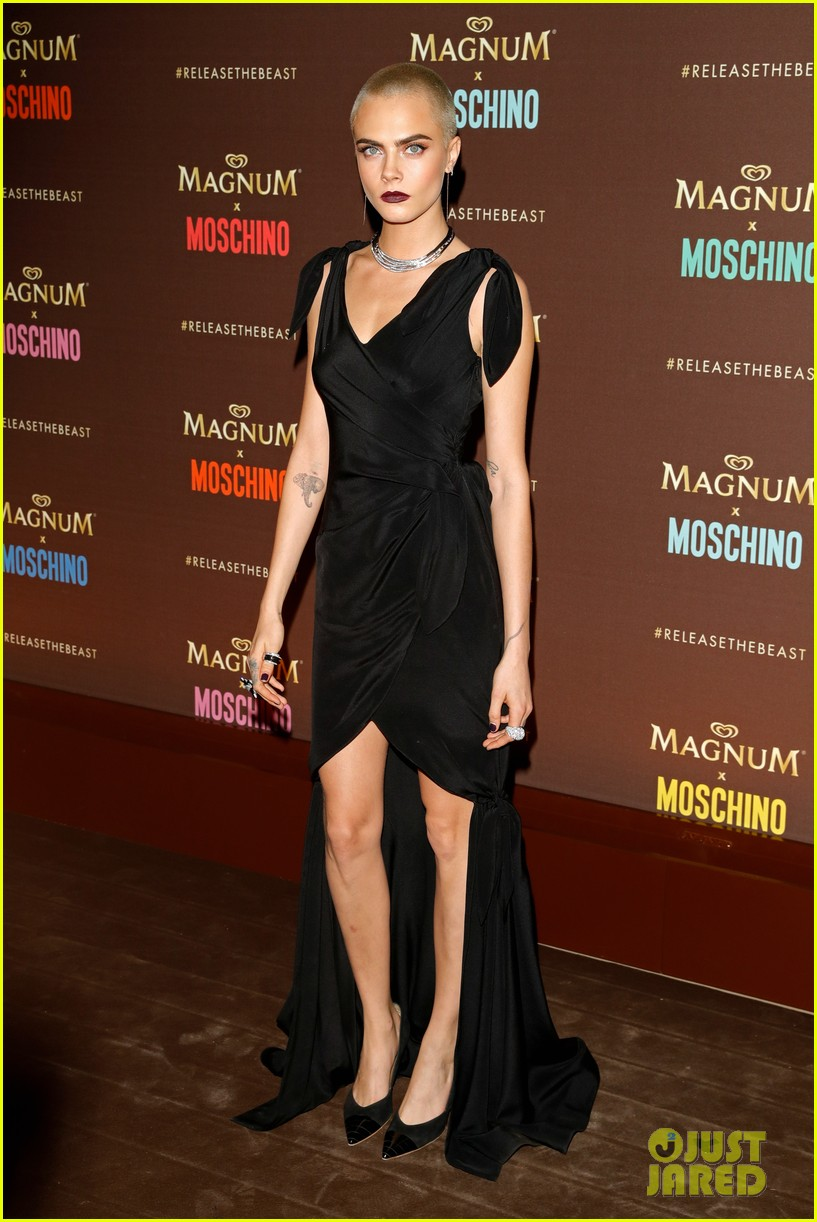 cara delevingne gushes about angelina jolie and directing dreams 053901552