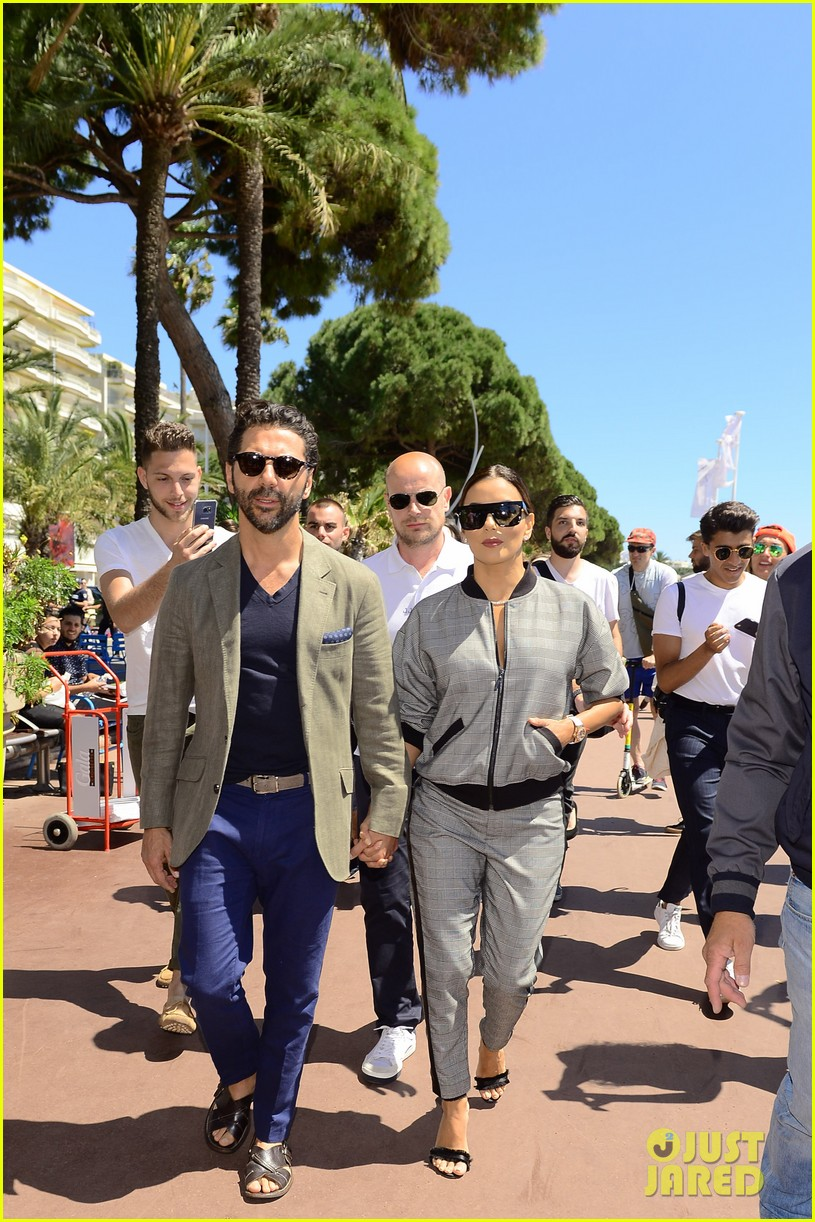 eva longoria husband jose baston joins her in cannes 093901768
