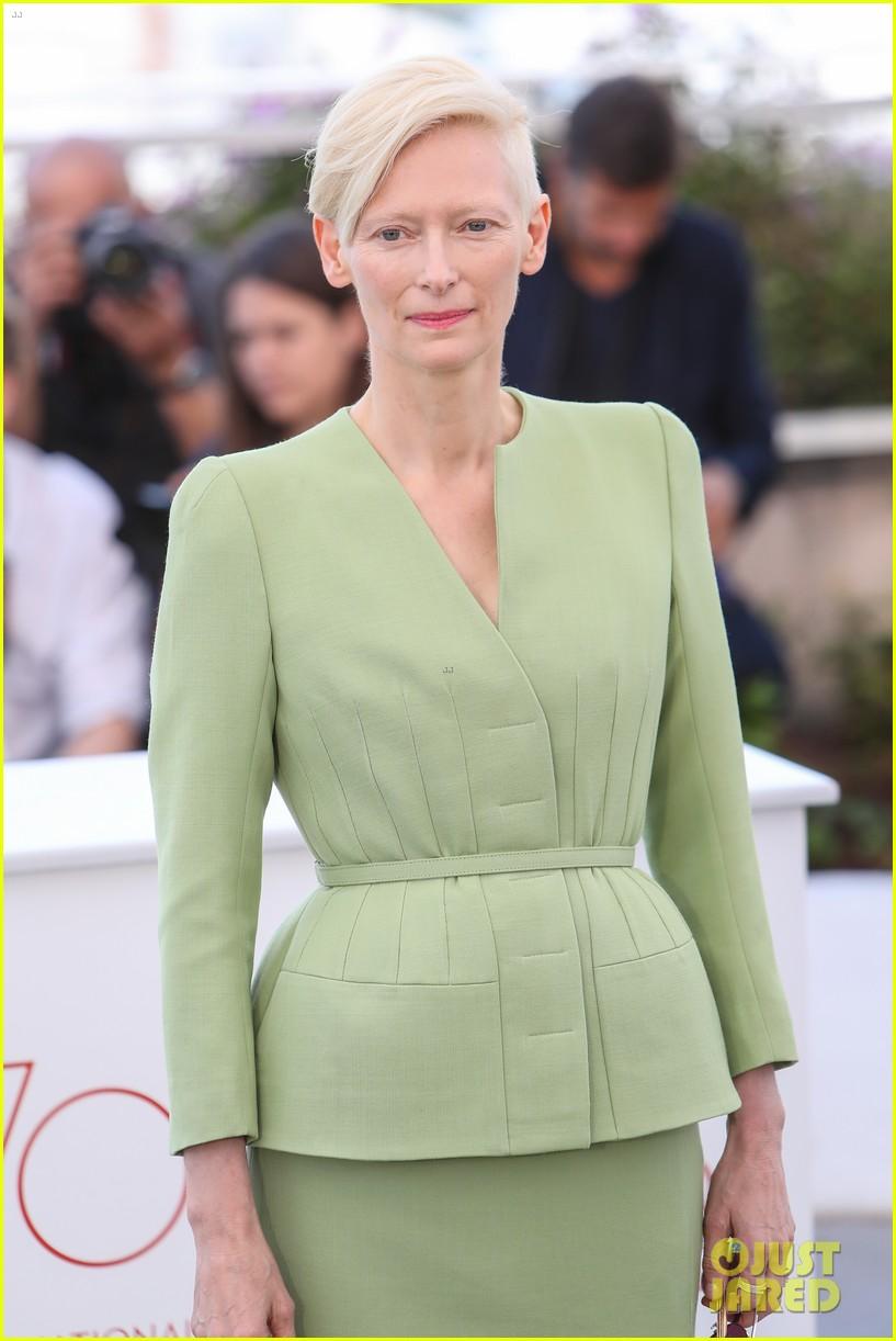 jake gyllenhaal tilda swinton lily collins debut okja at cannes film fest 203901374