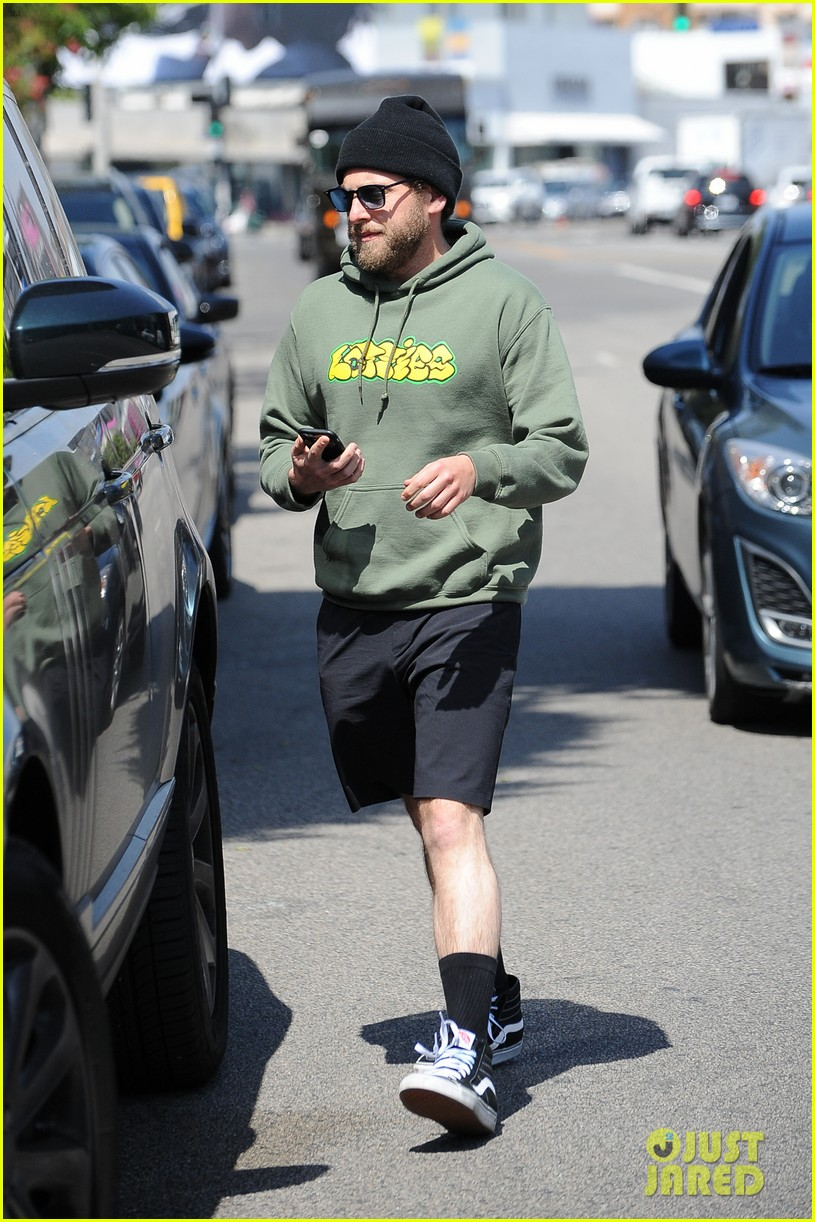 jonah hill joins adult swims new show the shivering truth013901339