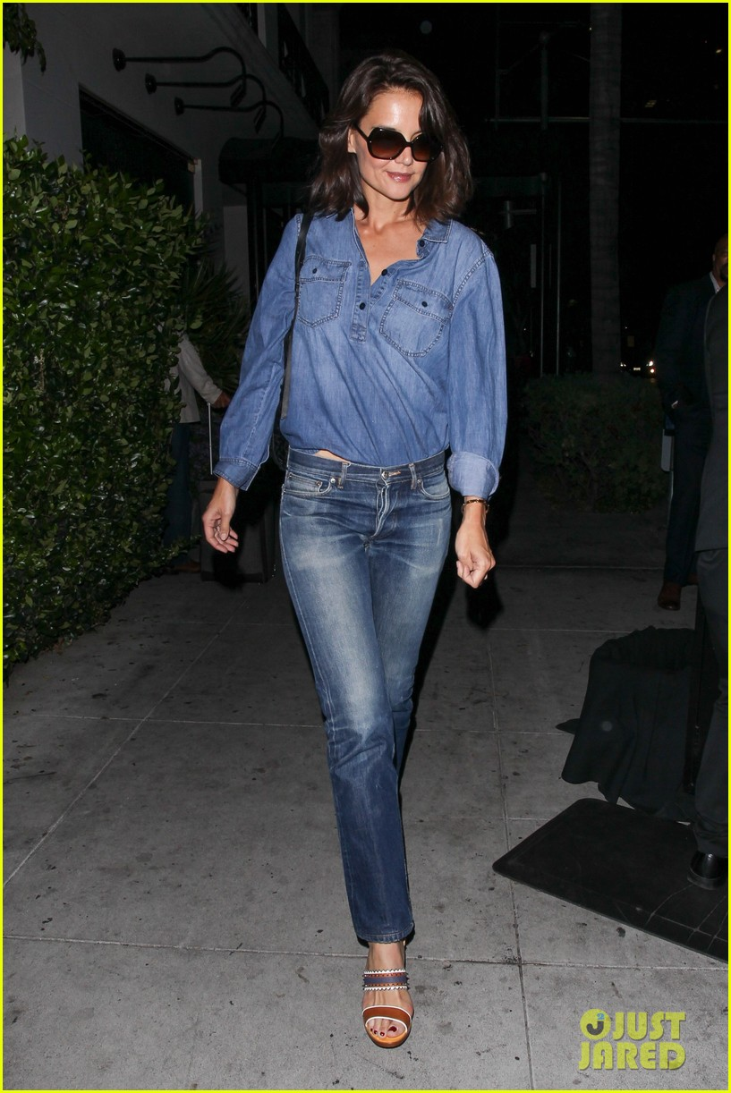 katie holmes rocks denim on denim in nyc033895397
