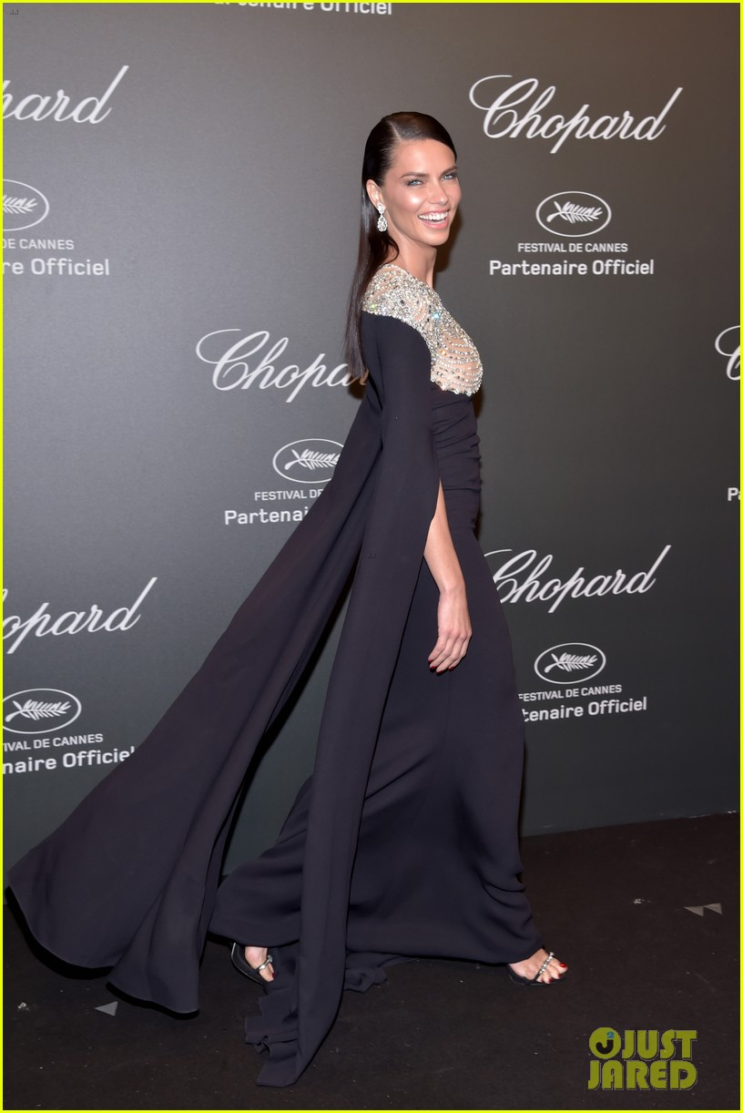 julianne moore adriana lima chopard cannes party 033901814