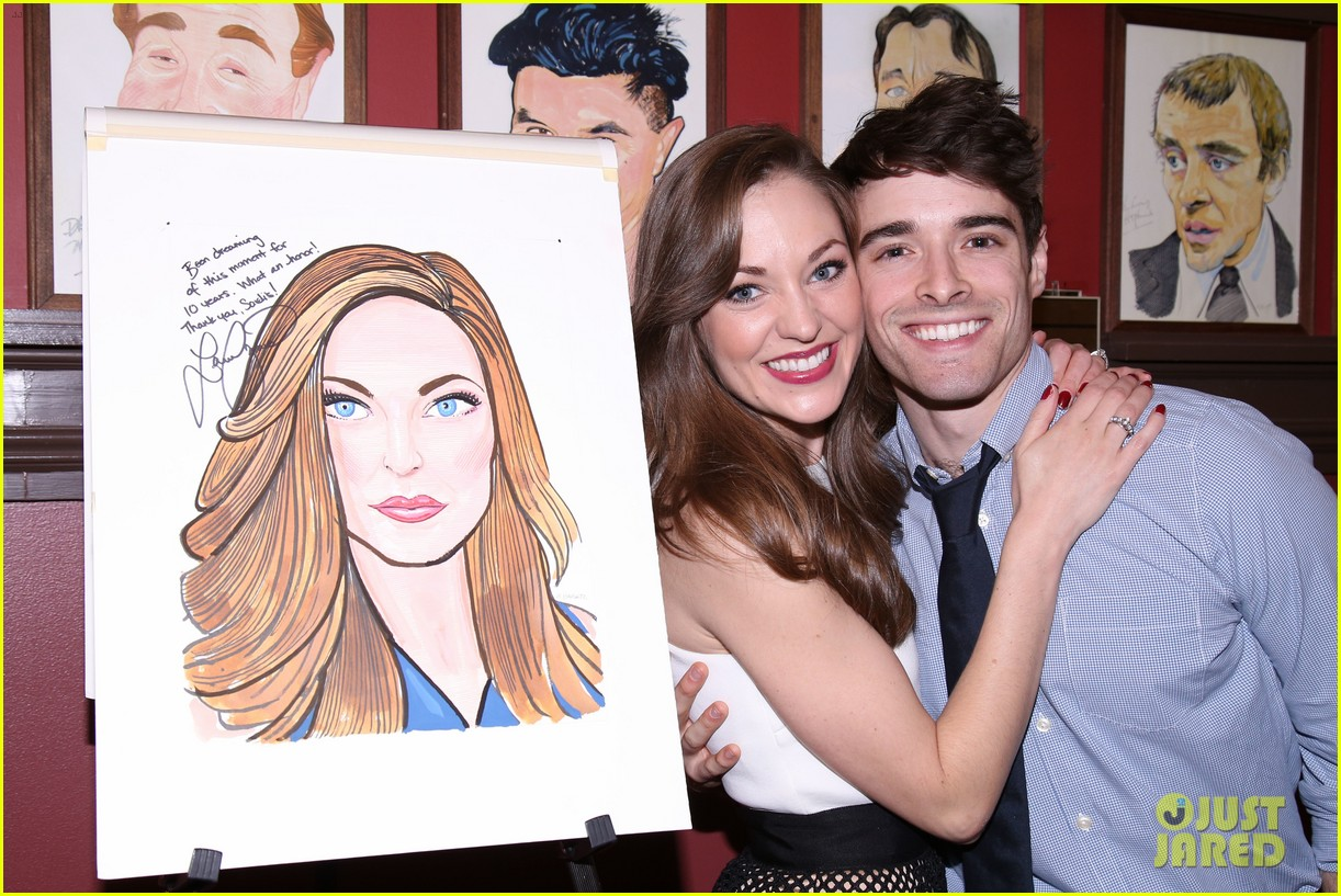 Broadway's Laura Osnes Honored with a Portrait at NY's