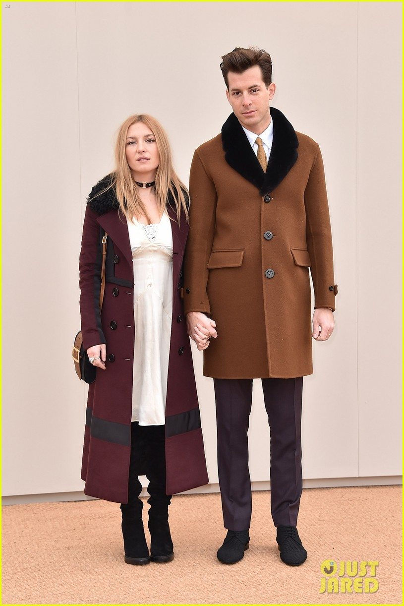 mark ronson wife josephine de la baume files for divorce033899987