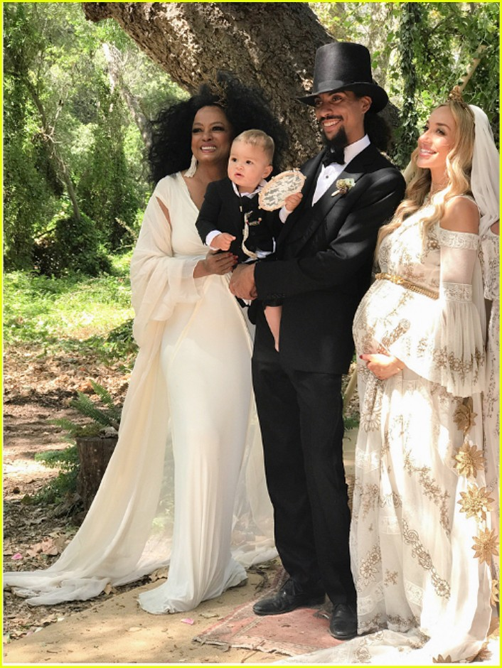 Diana Ross Son Ross Naess Ties The Knot In Front Of