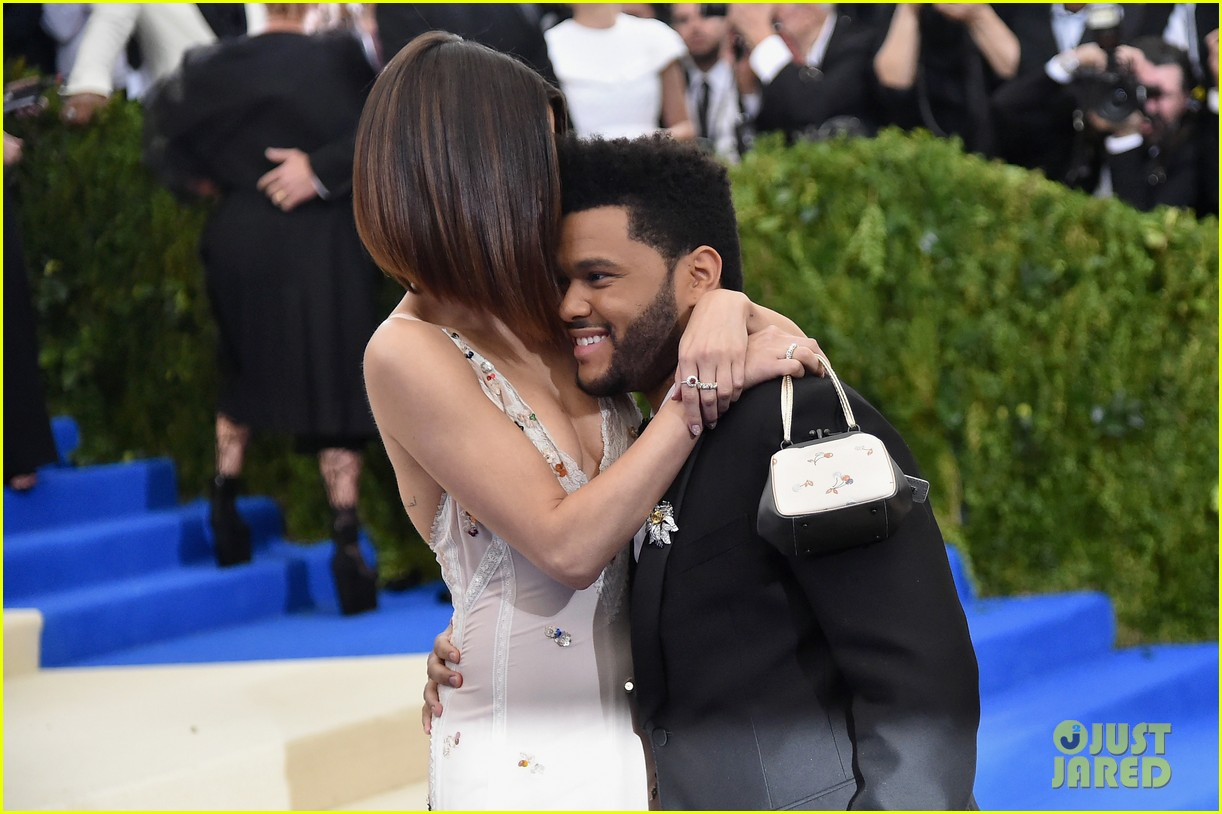 selena gomez explains why shes not hiding her romance with the weeknd 063912934