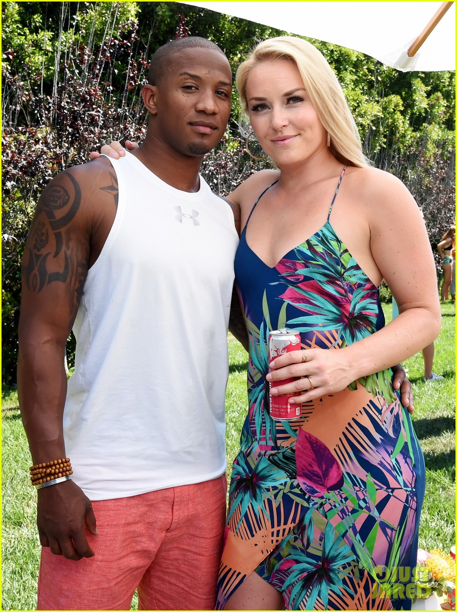 lindsey vonn boyfriend kenan smith couple up at a pool party 053916587
