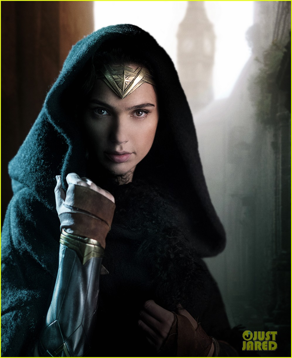wonder woman movie stills gal gadot 043907828