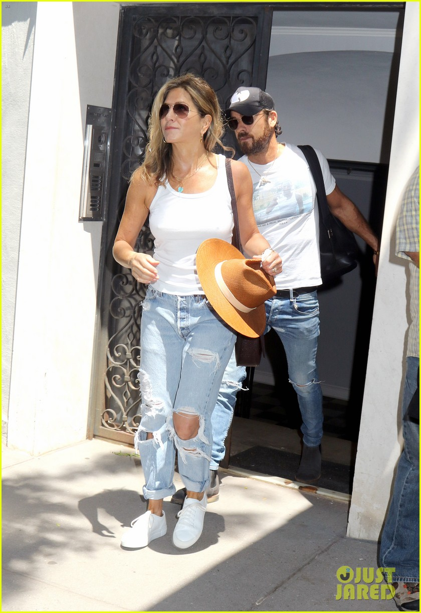 jennifer aniston justin theroux out in nyc 013930305