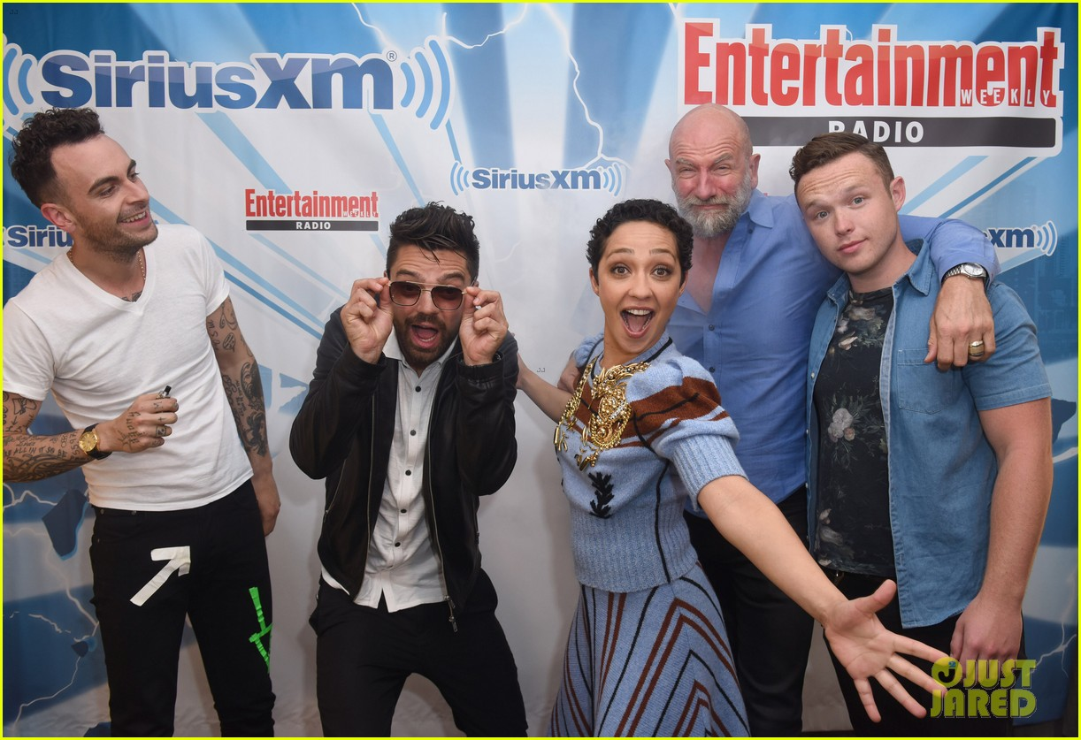 dominic cooper ruth negga get playful at comic con lounge 033931048