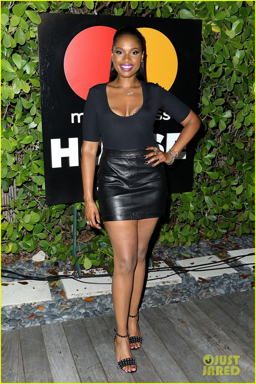 jennifer hudson hits the stage for stand up to cancer concert 113925826