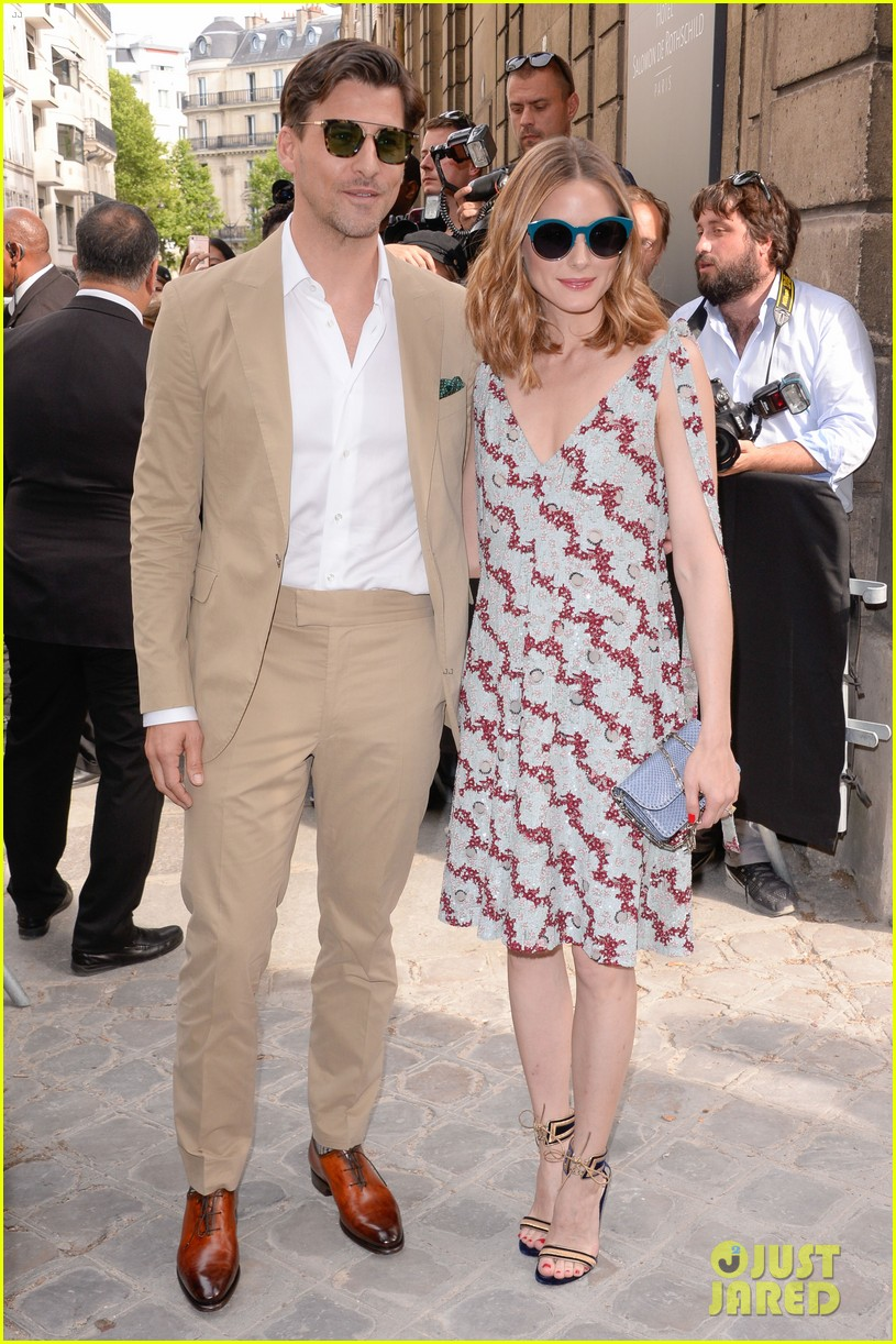 brie larson fiance alex greenwald couple up in paris for valentino 053924178