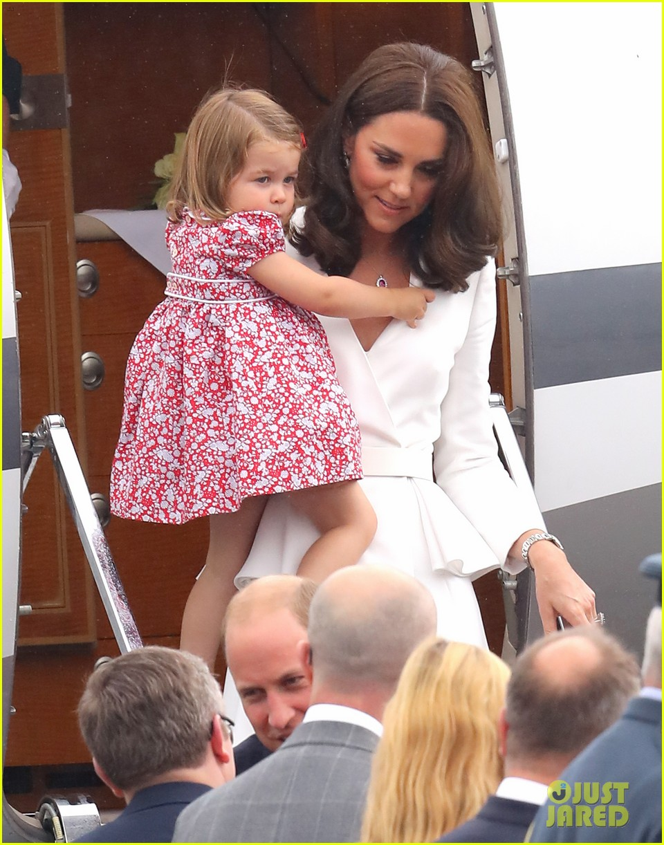 kate middleton prince william arrive in poland with george charlotte 023929241