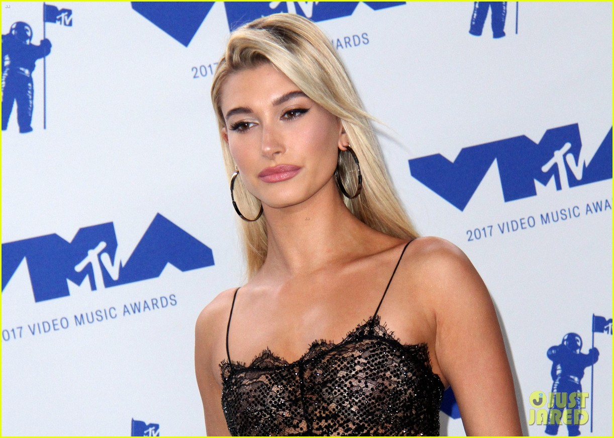 hailey baldwin cameron dallas keep it casual at republic records mtv vmas 213947308