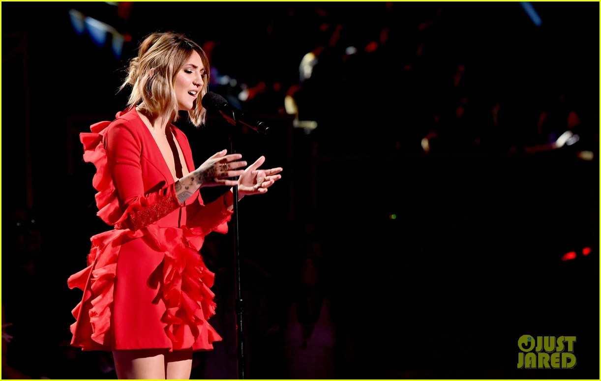 julia michaels mtv vmas 2017 013946913