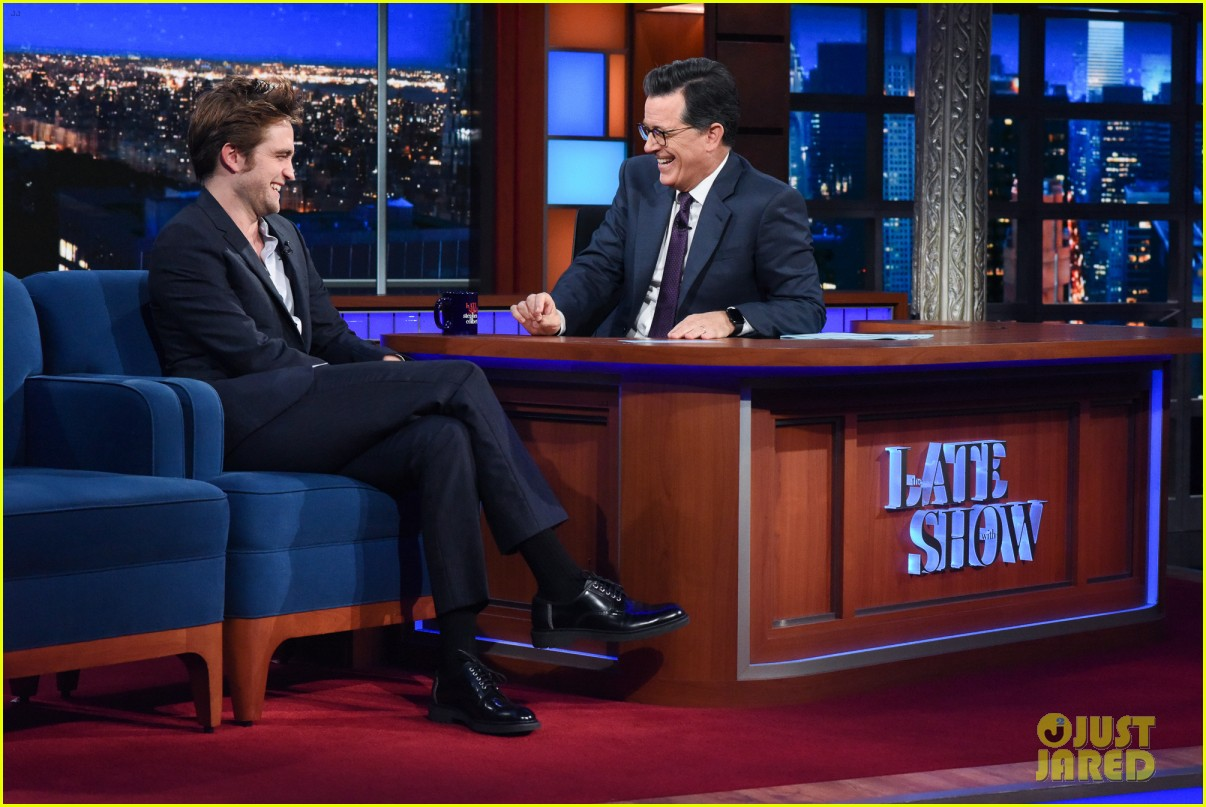 robert pattinson tells stephen colbert good time is 90 minute panic attack 073940492