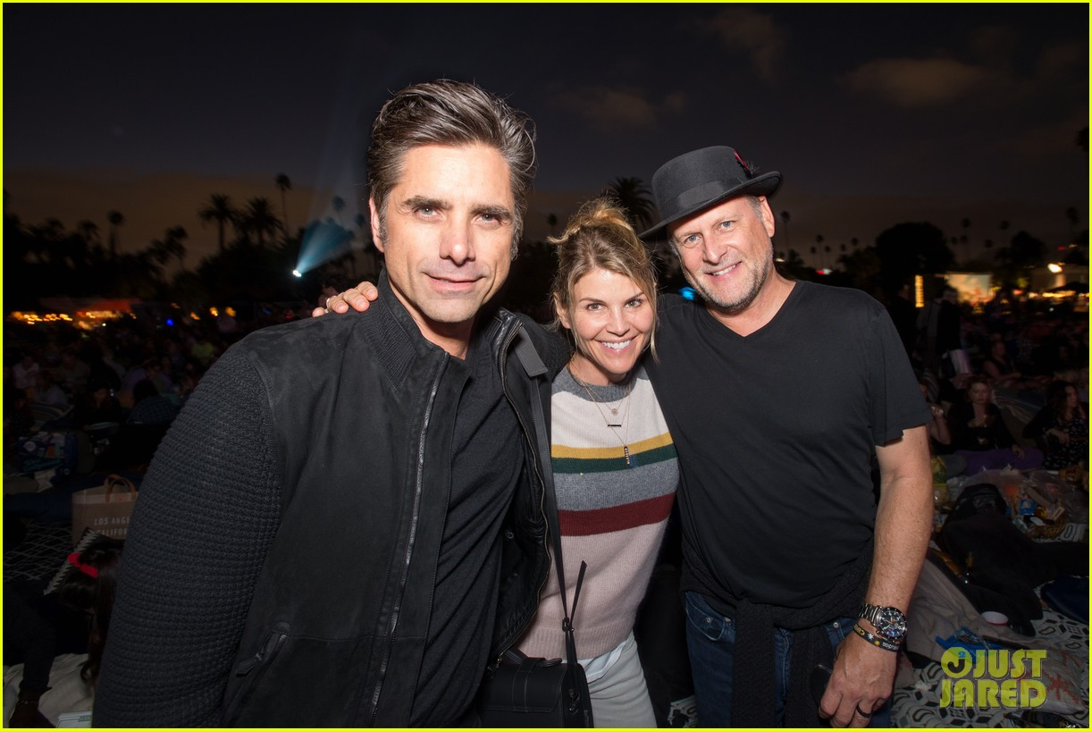 john stamos celebrates birthay with lor loughling dave coulier 033943880