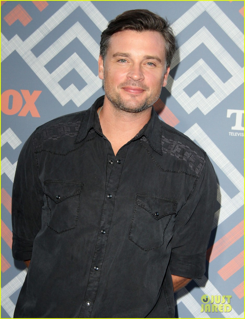 Would Tom Welling Reprise 'Smallville' Role on CW's ...