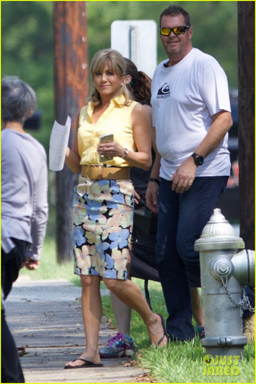 jennifer aniston dumplin set photos 013952052