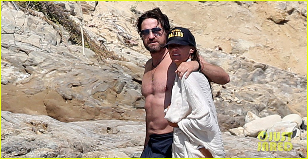 gerard butler shirtless on the beach 053955688