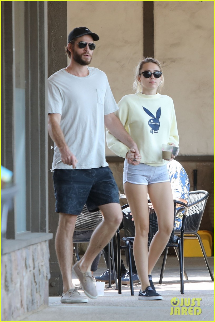 miley cyrus liam hemsworth hold hands for saturday morning date 01
