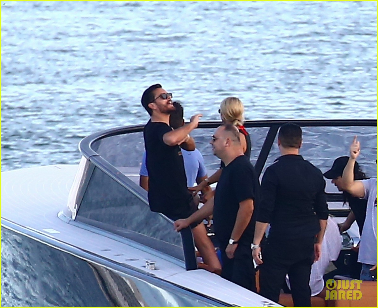 scott disick and sofia richie flaunt pda on a boat with friends2 523963032