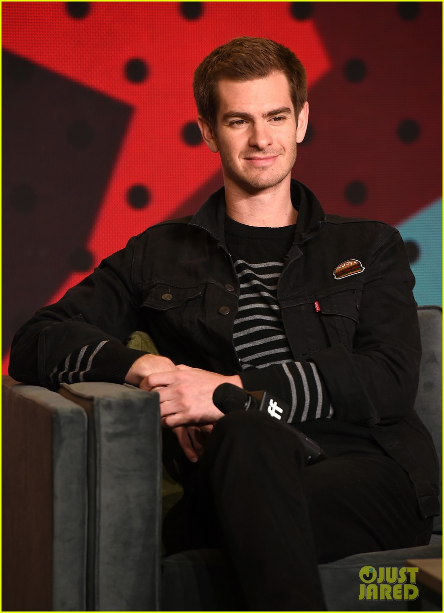 andrew garfield promises many laughs in polio drama breathe 013955792