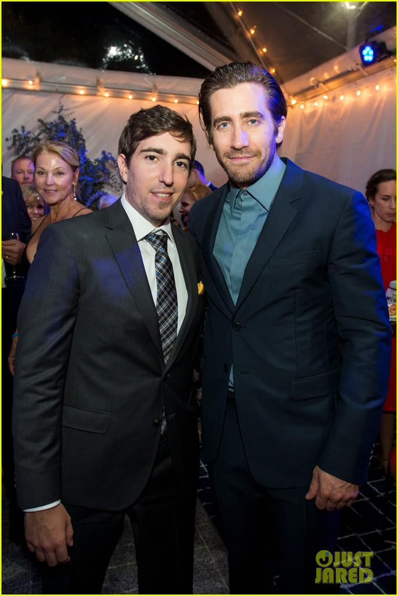 jake gyllenhaal stronger boston premiere 013956194