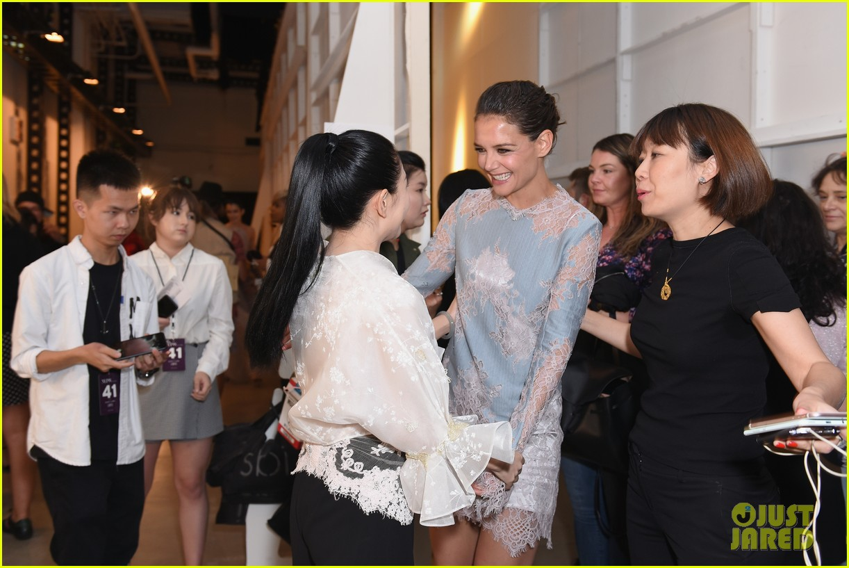 katie holmes is lovely in lace at lanyu fashion show 103955329